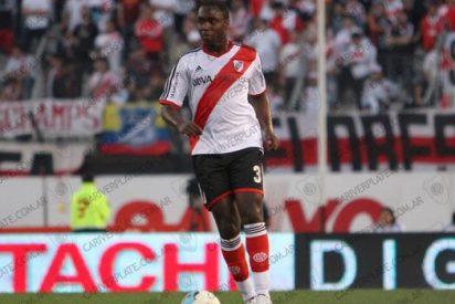 El Valencia cierra el fichaje del jugador colombiano