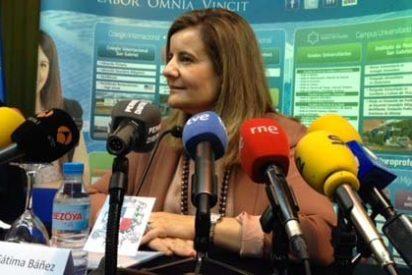 """Fátima Báñez, en el curso 'Prensa y Poder: """"El despido antes era el único recurso; ahora es el último recurso"""""""