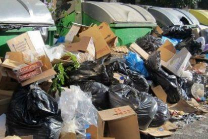 Los 'escobazos' a Emaya la obligan a ofrecer empleos para evitar así la huelga de basuras