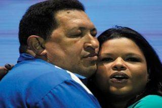 ¡El desaguisado venezolano! Acusan a la hija de Hugo Chávez de forrarse trapicheando con alimentos