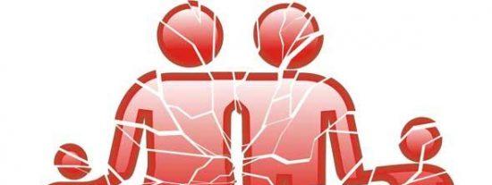 Los padres separados se repartirán el coste de los traslados de sus hijos