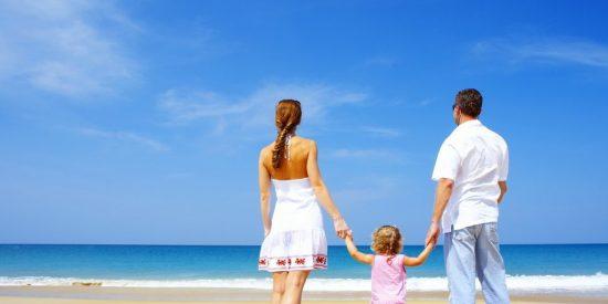 Consejos para viajar con la familia sin que la cuenta se salga de madre