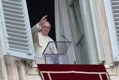 """Papa: """"La violencia no se vence con la violencia. ¡La violencia se gana con la paz!"""""""