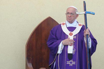 Francisco regresa a Lampedusa