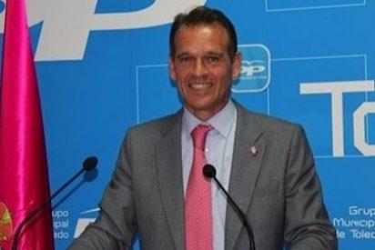 """Gamarra cree que en el Ayuntamiento de Toledo """"las cuentas no salen"""" y que la deuda viva en 2013 es de 60,8 millones"""