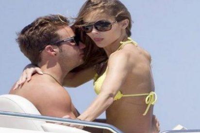 Götze vuelve a presumir de novia en Ibiza