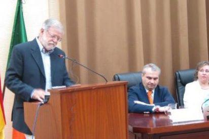 """Ibarra dice que la """"debilidad institucional"""" caracteriza el gobierno de Monago"""