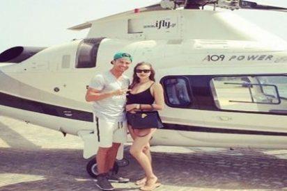 Cristiano Ronaldo se independiza de su familia y para celebrarlo se va en helicóptero con la buena de Irina