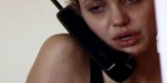 El vídeo 'secreto' de una Angelina Jolie drogada perdida y cubierta de pinchazos
