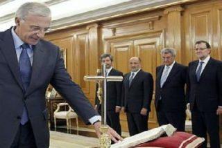 Felipe VI decreta que el crucifijo y la Biblia sean opcionales en la jura de cargos ante el Rey