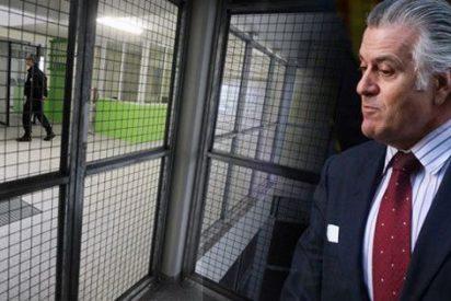 """El Mundo recula en el 'caso Bárcenas' y habla de """"saqueo al PP"""""""