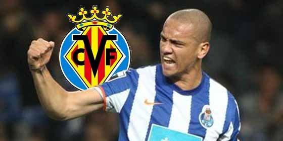 El Villarreal piensa en Maicon