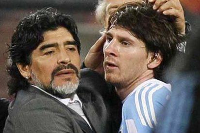"""Ussía: """"Maradona, que me da náuseas, que es un botarate y un clamoroso imbécil, fue mejor que Messi"""""""