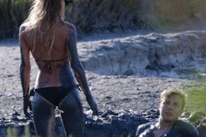 Pillan a Götze y su explosiva novia revolcándose en el barro en España