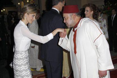 La Reina ríe: Letizia cambia y asegura la supervivencia