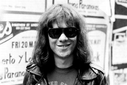 Muere de cáncer el batería Tommy Ramone, el último de Los Ramones