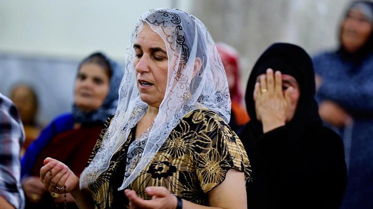 París ofrece el asilo a cristianos amenazados por los yihadistas en Irak