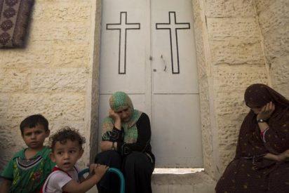 Los musulmanes de Gaza rezan en iglesias