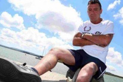 Pierde su pierna mientras se estaba dando un chapuzón y ofrece 10.000 euros a quien la encuentre