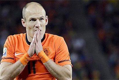 Un mexicano confunde a Van Persie con Robben y le monta un pollo de narices