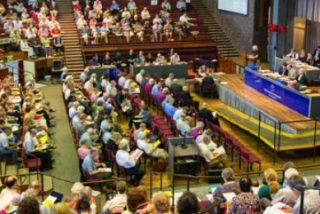 """La Iglesia anglicana da el """"sí"""" a la consagración de mujeres obispo"""