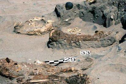 Descubren 150 misteriosas tumbas de una cultura desconocida en Perú