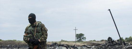 """El Gobierno de Kiev acusa al presidente Putin: """"Un avión no puede ser derribado por unos gorilas borrachos"""""""