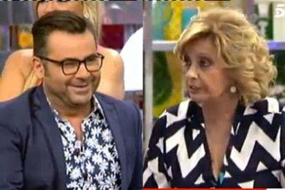 "Mª Teresa Campos le pone los puntos sobre las íes a J.J. Vázquez: ""Yo no me fui de 'Sálvame', me echaste tú"""