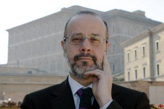 """Giovanni Maria Vian: """"La ordenación de 'obispas' es un evento grave que complica el camino ecuménico"""""""