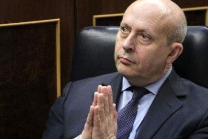 """Licenciados e ingenieros pre-Bolonia culpan al Gobierno de """"falta de interés"""" para homologar títulos al marco europeo"""