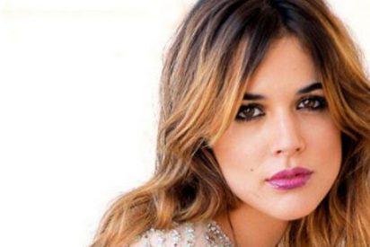 Adriana Ugarte va ahora de 'hija ejemplar' y de gran mascotera