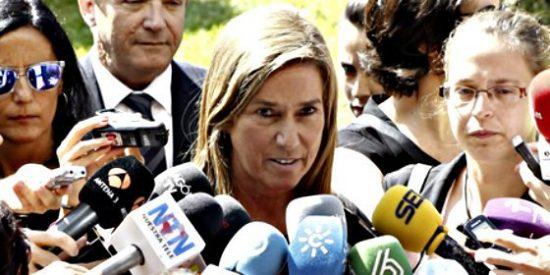 El bronceado de Ana Mato es de playa y no de los fluorescentes de su despacho ministerial