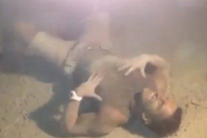 El vídeo del turista puesto hasta las cejas de 'droga caníbal' en una playa de Ibiza
