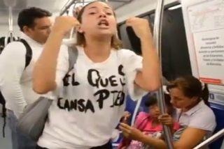 El vídeo de la venezolana que clama en el metro contra Maduro y que 'encarrila' a Esperanza Aguirre