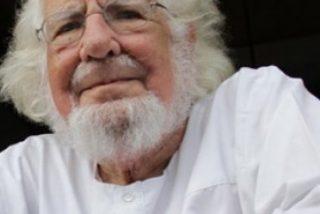 Ernesto Cardenal rechaza pedir indulgencia a Francisco