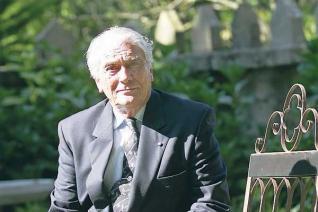 Fallece el diplomático Carlos Abella