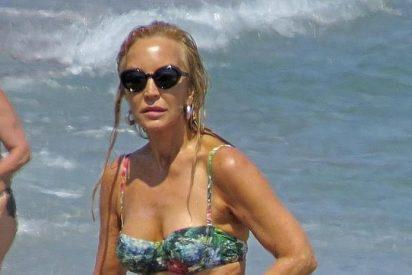 """El triunfo del """"Ice Bucket Challenge"""", la Miss España enamorada de Vanesa Klein y el plagio de Shakira"""