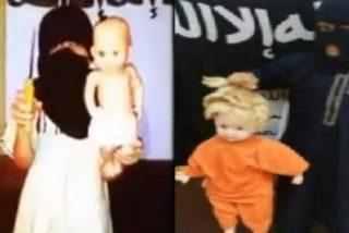 'Baby Yihad': Así le cortan la cabeza a sus muñecos los niños de los terroristas del ISIS para coger maña