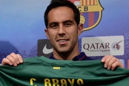 Estalla la polémica en la portería en el Barça, tras la 'cantada' de Bravo