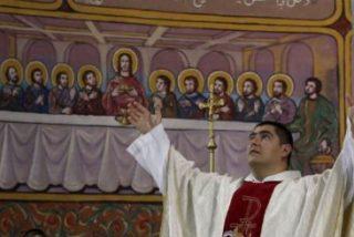 Francisco recibe en el Vaticano al párroco de Gaza