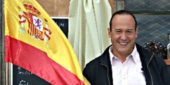Los independentistas simulan el fusilamiento de un concejal del PP en un pueblo de Barcelona