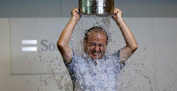 España se moja con el 'Ice Bucket' pero deja en dique seco lo recaudado...¡ni 1.000 euros!