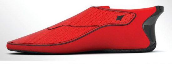 ¿Te orientas fatal? Pues ya tienes la solución: Los zapatos que buscan direcciones