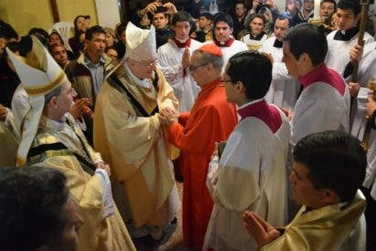 Livieres suprime tres vicarías
