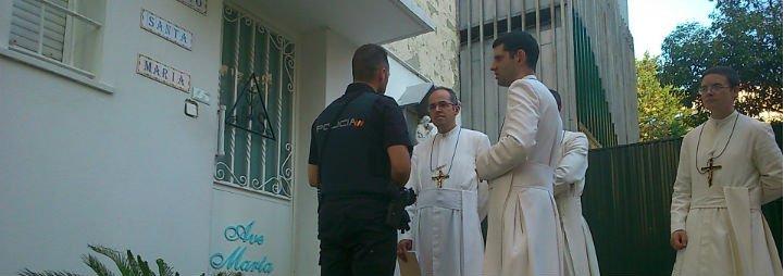 Las disidentes prohiben la entrada a los miembros de Lumen Dei en su residencia de Madrid