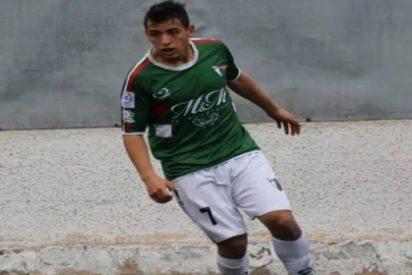 El jugador chileno anuncia que ha fichado por el Granada