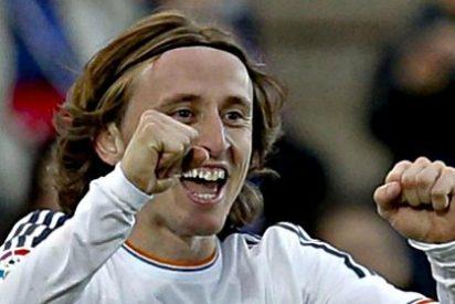 El croata Modric renueva por el Real Madrid hasta 2018