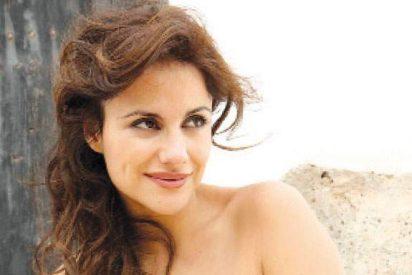 Mónica Hoyos, muy emocionada por irse a Lima a trabajar y dejar aquí a su hija