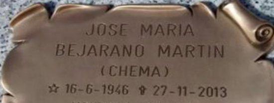 """Un músico reta desde su epitafio al ministro de Hacienda: """"Montoro. Cabrón. Ahora ven y cobras"""""""