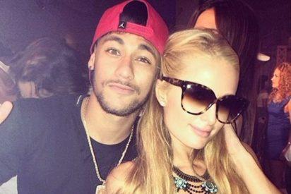 Paris Hilton y el 'lesionado' Neymar andan de de fiesta por Ibiza